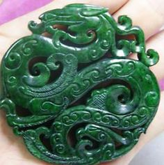 How to tell if a jade is real or fake?